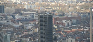 950 Kilo Sprengstoff bringen Turm zu Fall