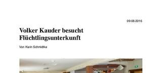 Volker Kauder besucht Flüchtlingsunterkunft
