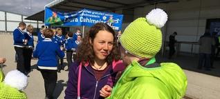 Herzlicher Empfang für Gold-Laura: Biathletin wird am Münchner Flughafen gefeiert | BR.de