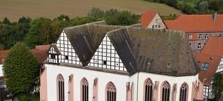 Klosterkirche mit bedeutender Grabtumba