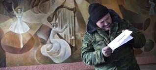 Abstimmung in der Ostukraine: Wahllokal mit Gemüsemarkt