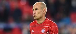 Arjen Robben vom FC Bayern München nach Auswechslung verärgert