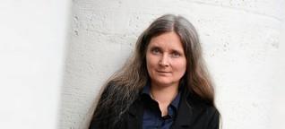 """Wer gewinnt den Deutschen Buchpreis 2017?: Marion Poschmanns """"Die Kieferninsel"""" überzeugt durch kunstvolle Sprache"""