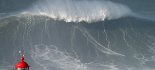 Spektakel an Atlantikküste : Surfer bezwingt in Portugal rund 35 Meter hohe Welle