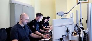 Schwerverbrecher und Emojis: Social Media bei der Polizei Hamburg