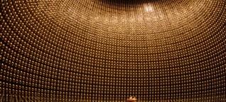 Physik-Nobelpreis: Geisterjäger im Teilchen-Kosmos