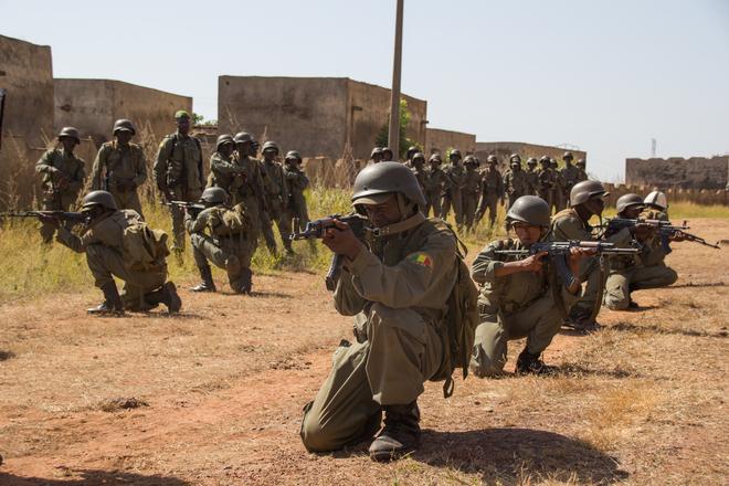 Schattenwirtschaft. Wie sich der Terror in Westafrika finanziert.