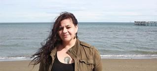 """Interview: """"Die Lachsindustrie zerstört unsere Lebensgrundlage als Kawesqar"""""""