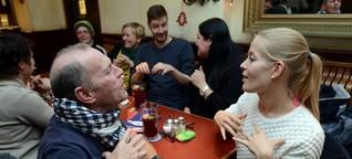 Gehörlose: Der ruhigste Stammtisch der Welt
