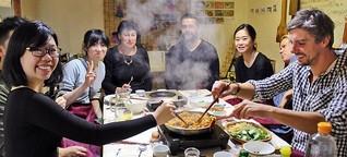 Ungewöhnliche Weltreise: Lehrer bereist 14 Länder, um Heimat seiner Schüler kennenzulernen - SPIEGEL ONLINE - KarriereSPIEGEL