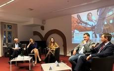 Moderation der Podiumsdiskussion zur Zukunft der Arbeit in der Digitalisierung der Friedrich-Ebert-Stiftung