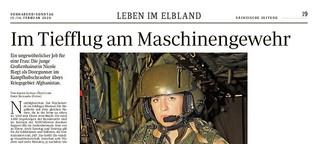 Im Tiefflug am Maschinengewehr