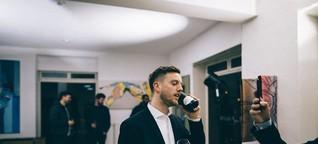 """""""Meine Generation ist noch stark beeinflusst von MTV und Musikvideos"""" - Interview mit Filmemacher und Künstler Raphael Grischa über sein Cover Artwork der """"Hoch 2"""" LP von RAF Camora"""