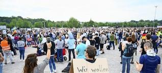 Demonstrationen gegen Corona-Maßnahmen: Ist das Grundgesetz tatsächlich in Gefahr?