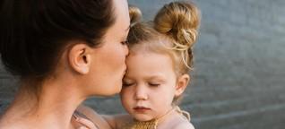 Perfekt in Karriere und Familie - Der Mythos der Supermama: Wie unsere Gesellschaft überzogene Erwartungen an Mütter stellt