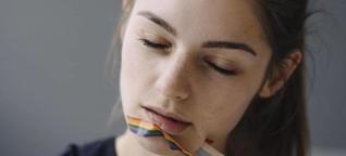 Gefühlschaos erlaubt: Was ein Outing für Eltern bedeutet