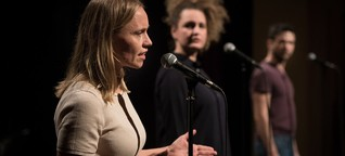Dokumentartheater in Berlin: Ihre Tochter verlor sie im Meer