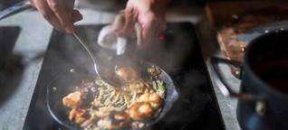 Gemeinsam kochen ist die Hölle: Warum ich lieber allein koche